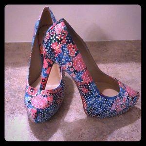 Gorgeous bling Gianni Bini Heel